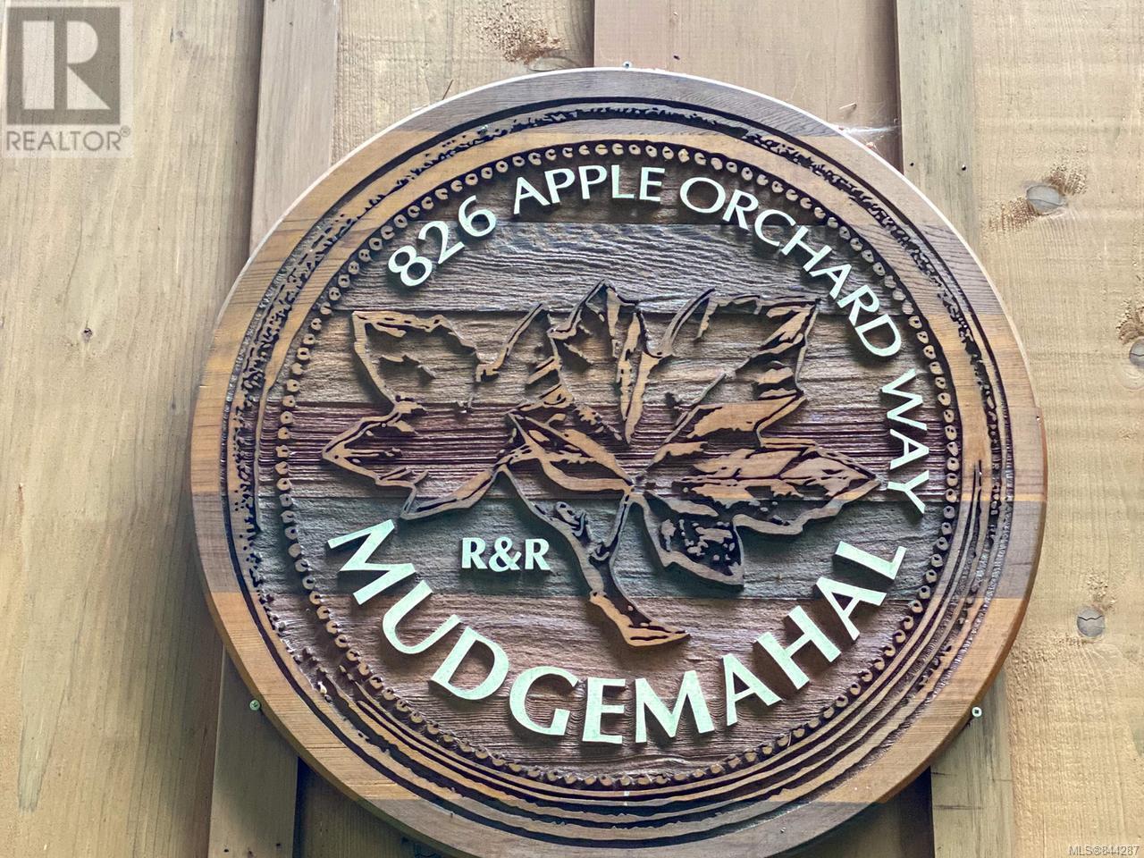 826 Apple Orchard Way